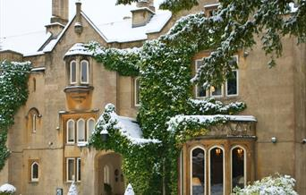 Bath Priory in snow